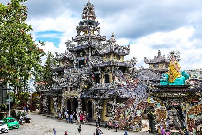 Tour tham quan và chụp hình Đà Lạt 1 ngày giá rẻ cùng Hoa Dalat Travel
