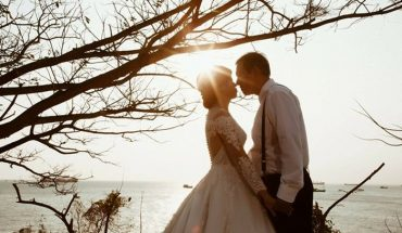 Cô gái tìm được chồng nhờ đăng status 'dạo'