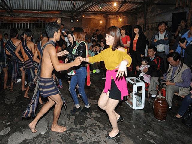 Tour văn hóa lễ hội cồng chiêng Đà Lạt và cách thức tham gia lễ hội