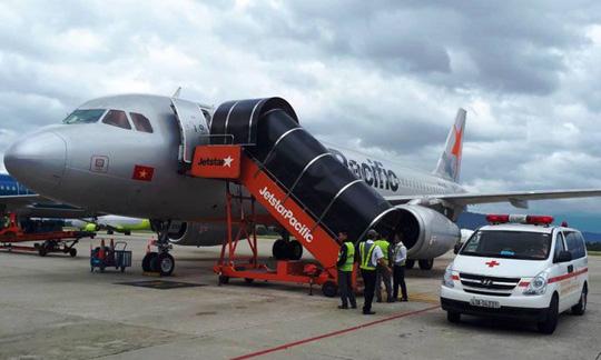 Hành khách kêu lớn, ngất xỉu trên máy bay từ Hà Nội đi Đà Lạt