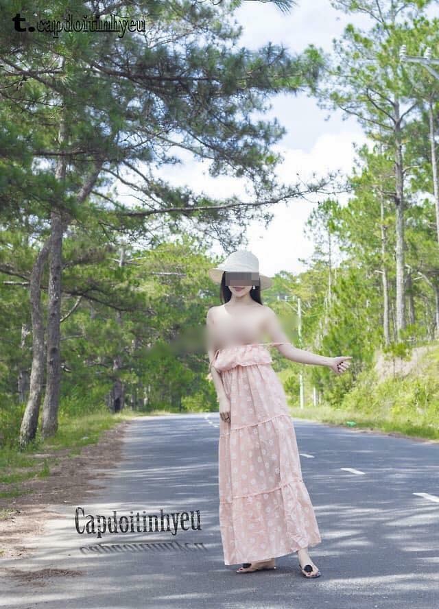 Cô gái chụp hình khỏa thân giữa rừng thông Đà Lạt