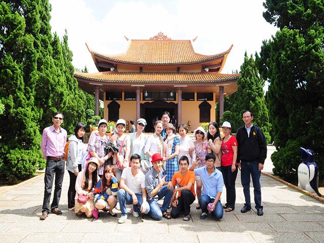 Du khách tham gia tour Đà Lạt 1 ngày